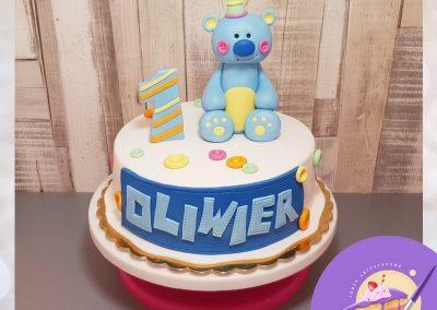 Tort dla dzicka - niebieski miś